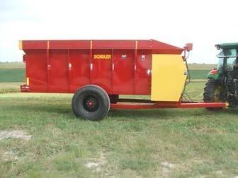 HF295 Hay Feeder Wagon